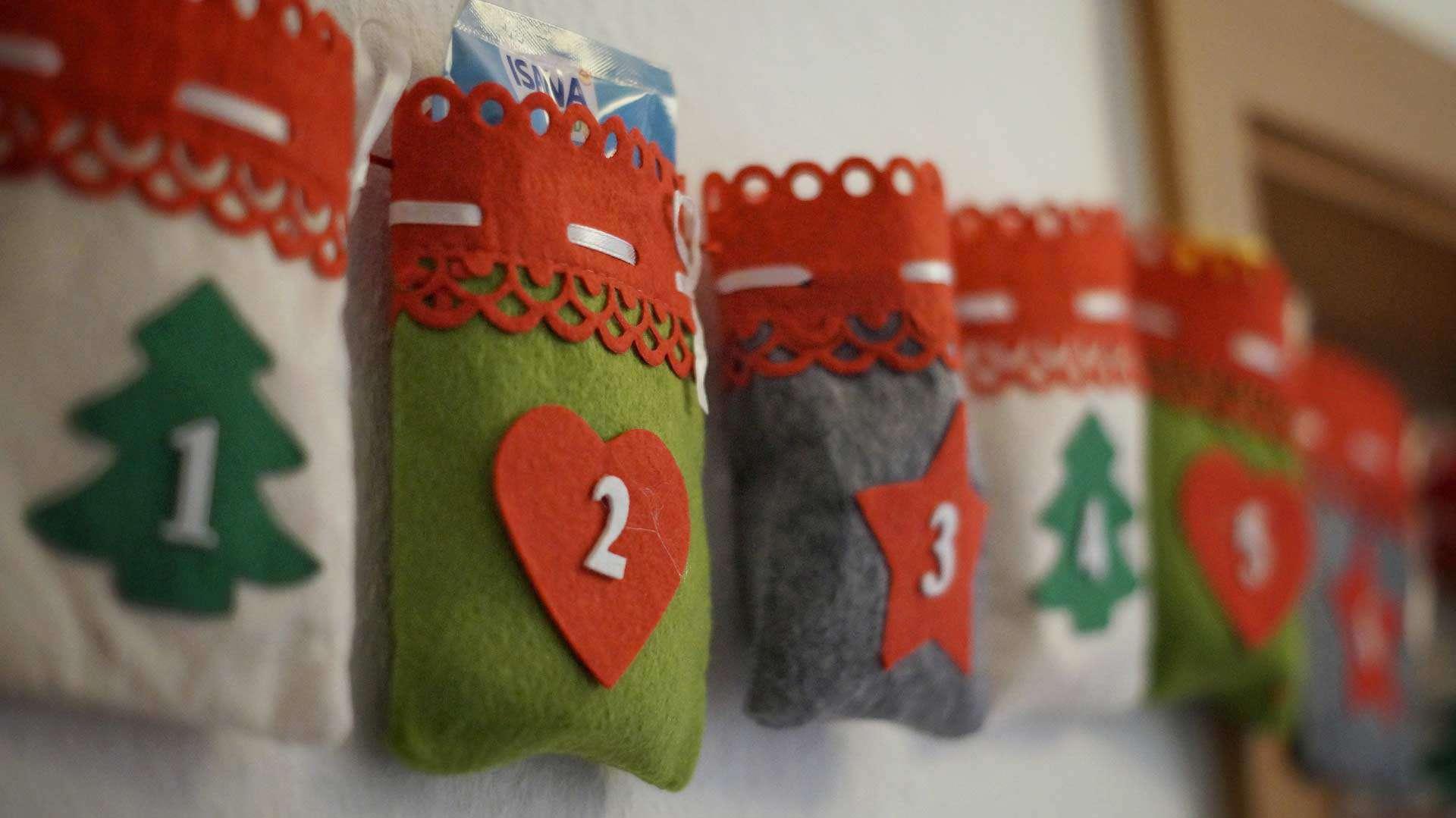 advent calendar pockets made of felt