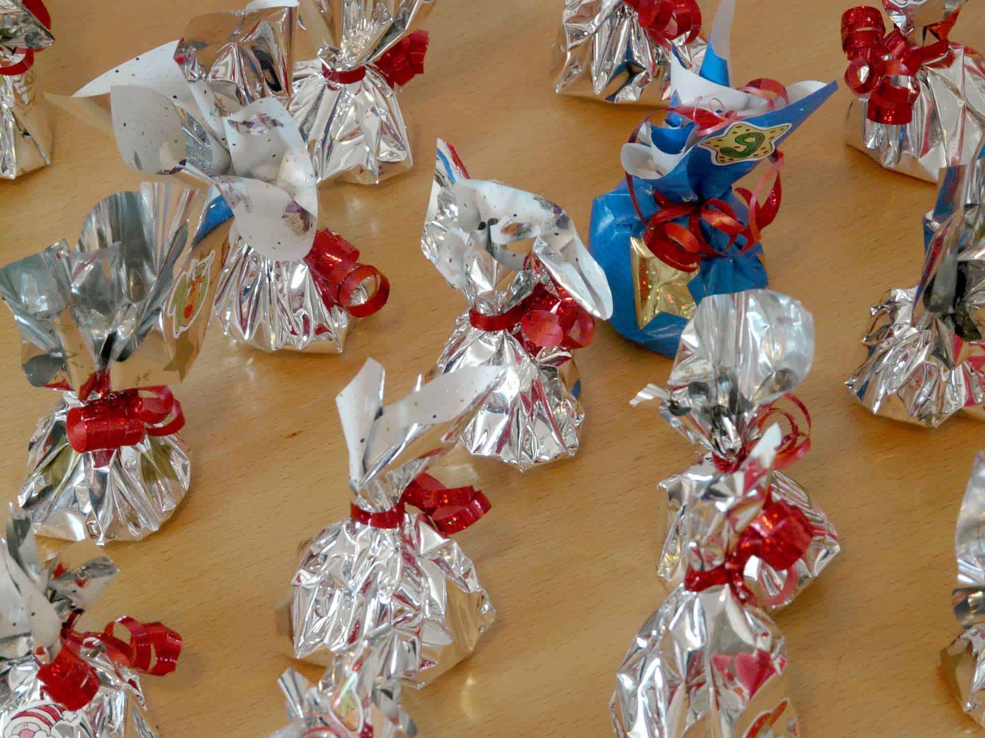 wrap candy for calendar