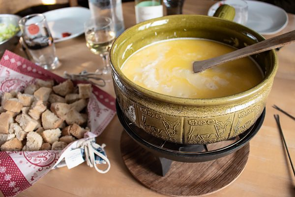 homemade cheese fondue