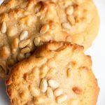 almond pine nut cookies