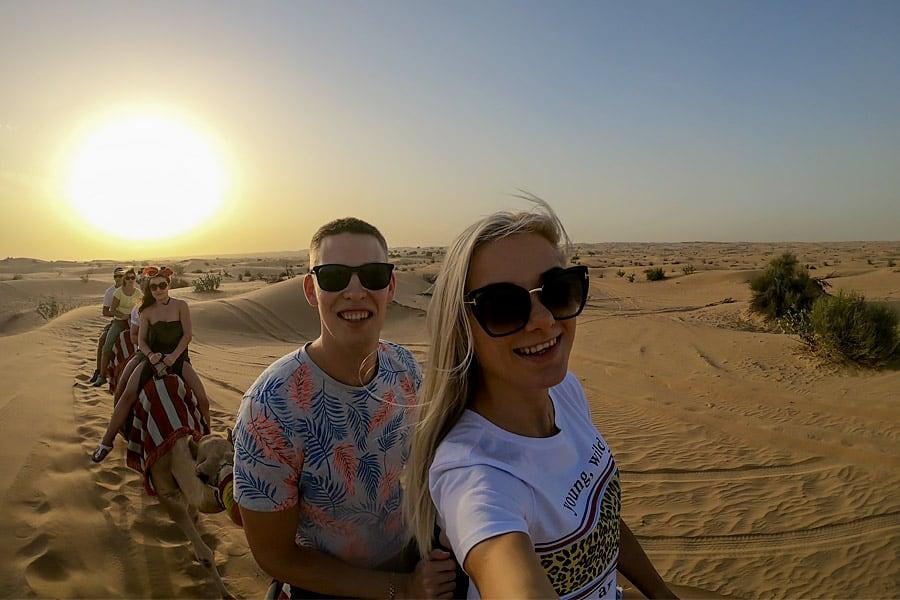 camel desert trip selfy
