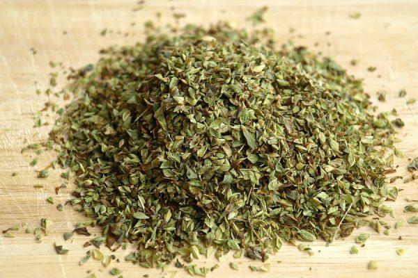 dried oregano spice