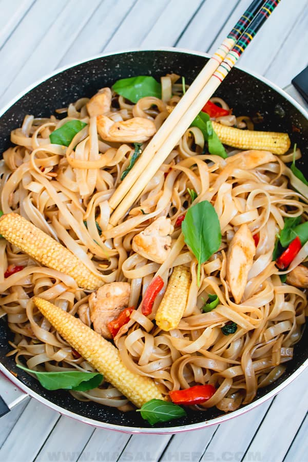 pad kee mao in a pan