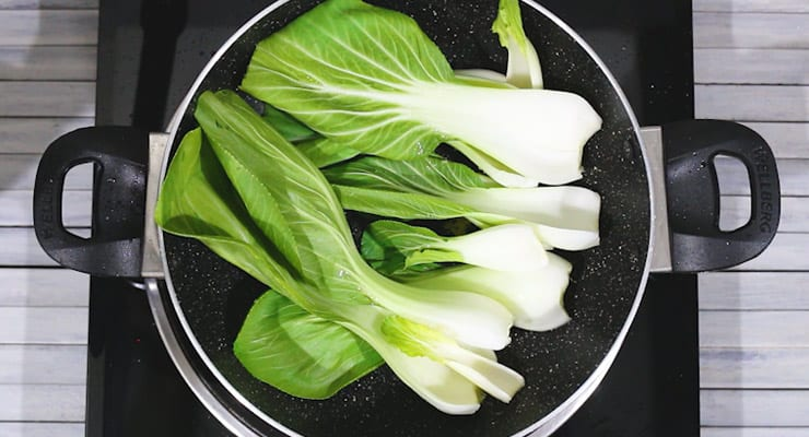 cook bok choy leaves
