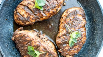 balsamic chicken in the pan