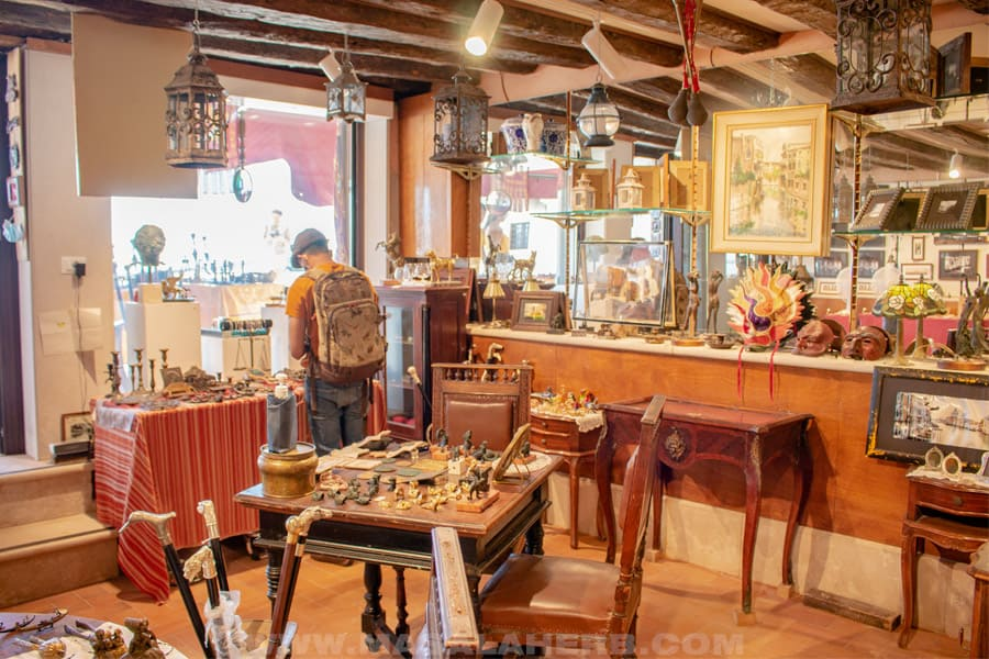 shop for artisan work in venice
