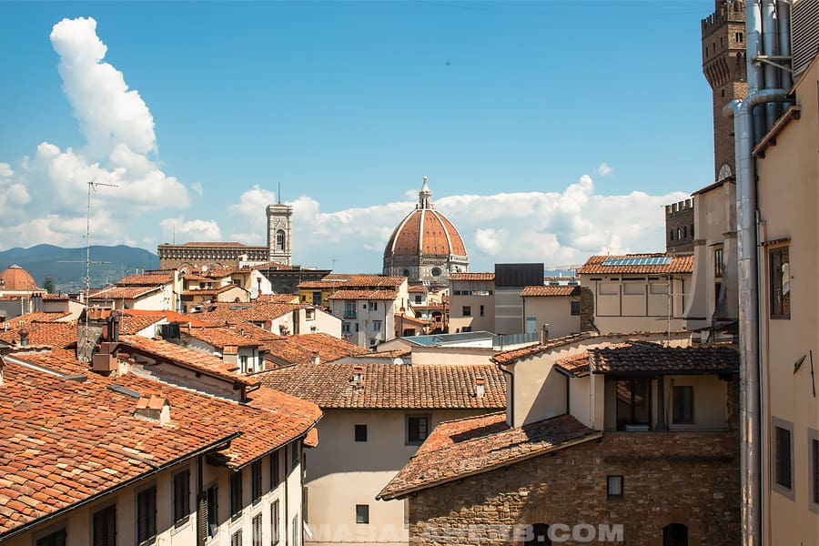 florence roof top view from the galleria de uffizi