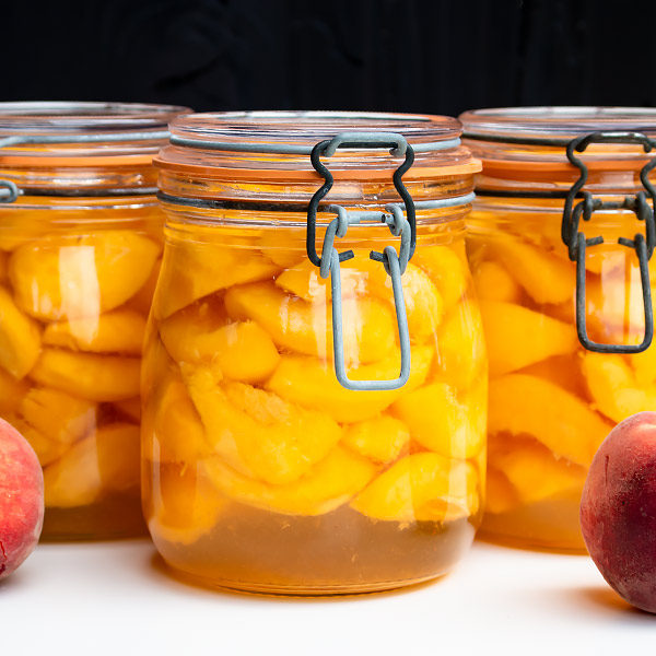 canned peaches in jars with latches