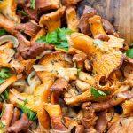 sauteed chanterelle mushrooms