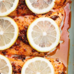 spiced salmon with lemon slices