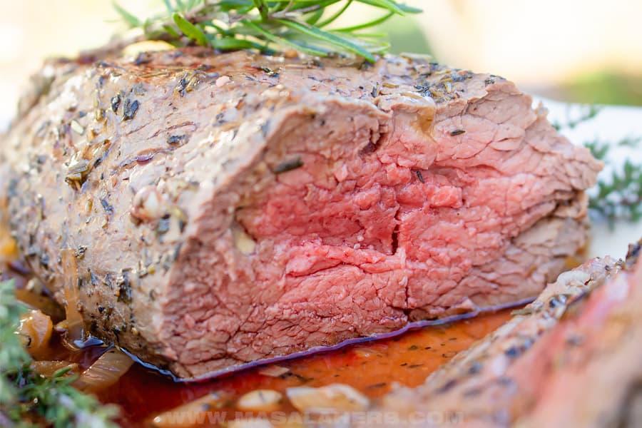 medium rare beef tenderloin roast