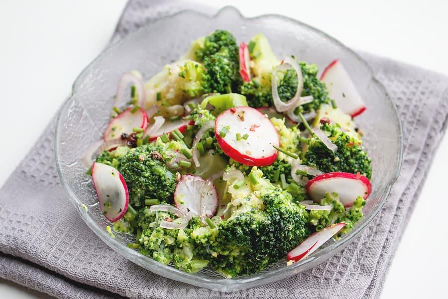 delicious healthy broccoli radish salad
