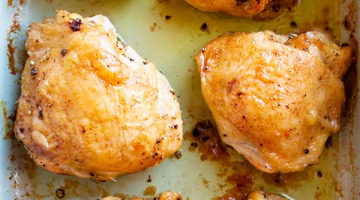 oven roasted chicken thighs recipe image
