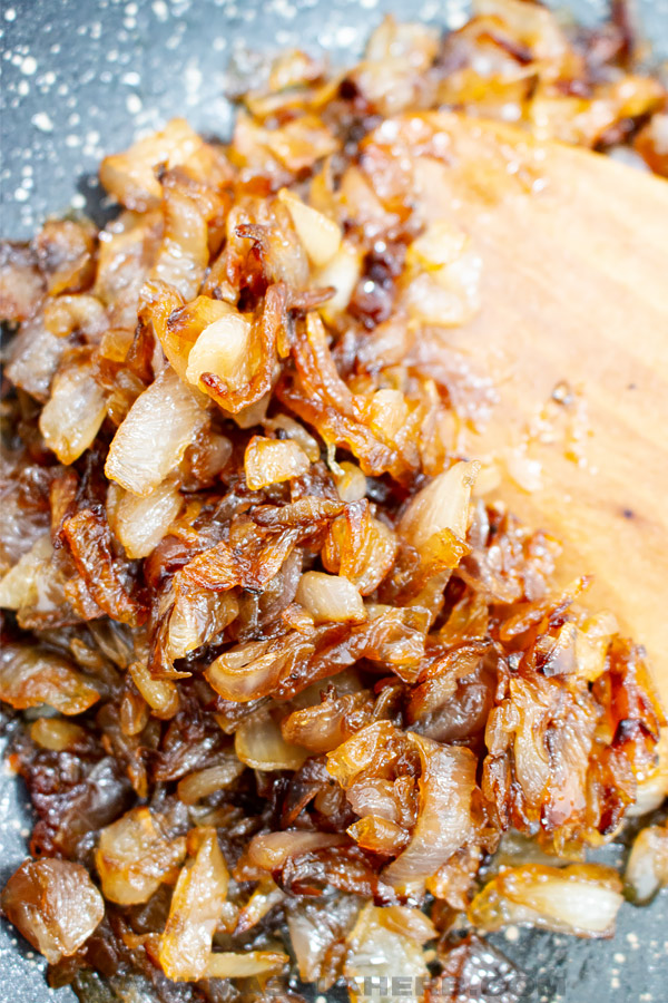 skillet caramelized onions