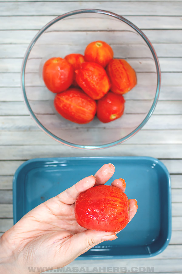 peeling tomatoes with your fingers