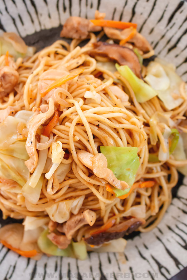 homemade yakisoba noodles with chicken