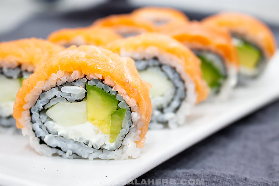 front view of philadelphia roll sushi