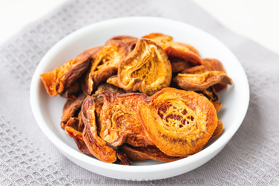 dehydrator apricots