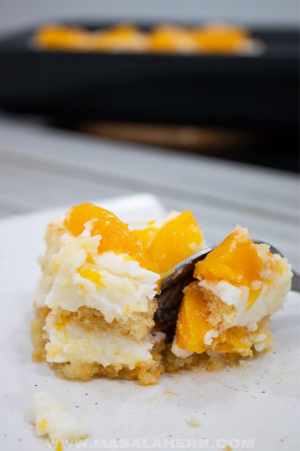 peach tiramisu with mascarpone